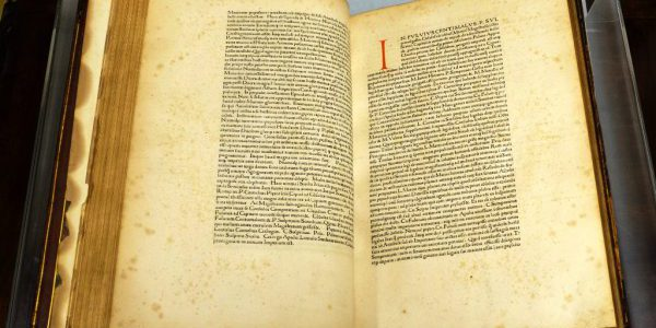 An image of text from a 1470 copy of Livy's History of Rome